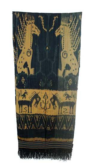 A Hinggi Kawuru Ndatta (Pahudur) from East Sumba with horses motifs